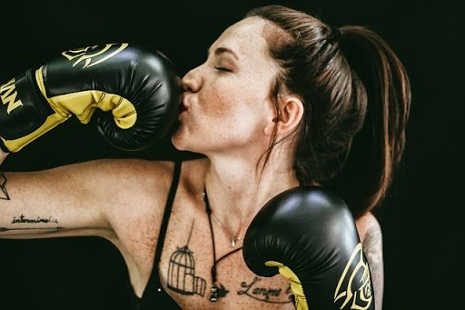7 Best Muay Thai Gloves for Female
