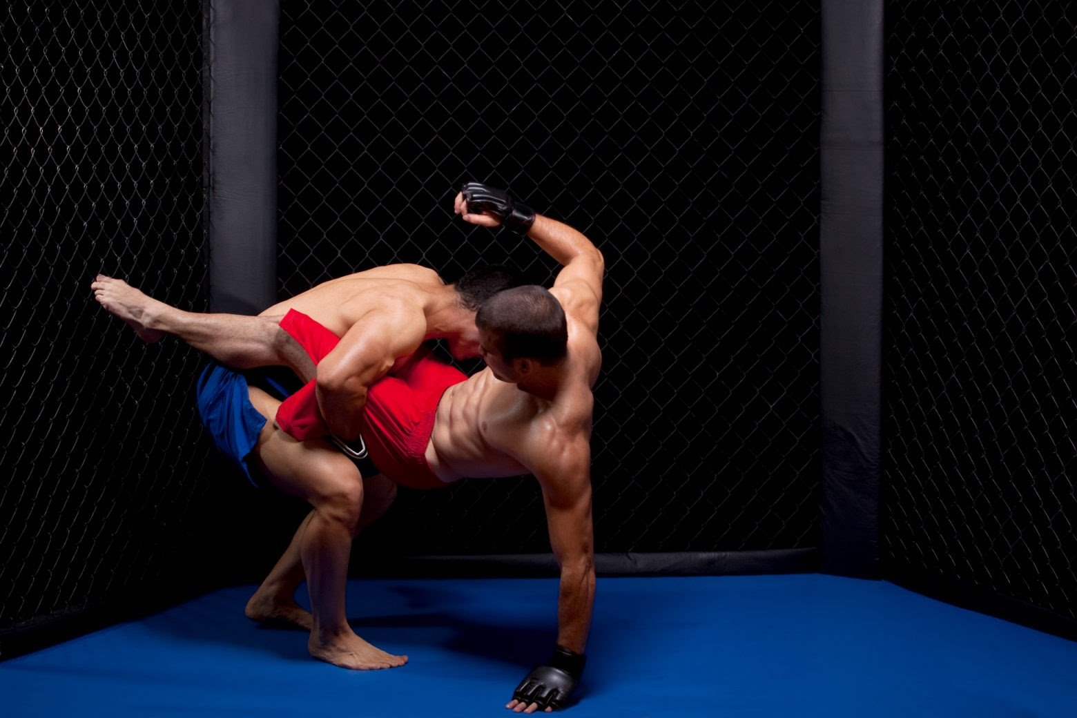 Muay Thai Vs MMA: Know The Difference Here!